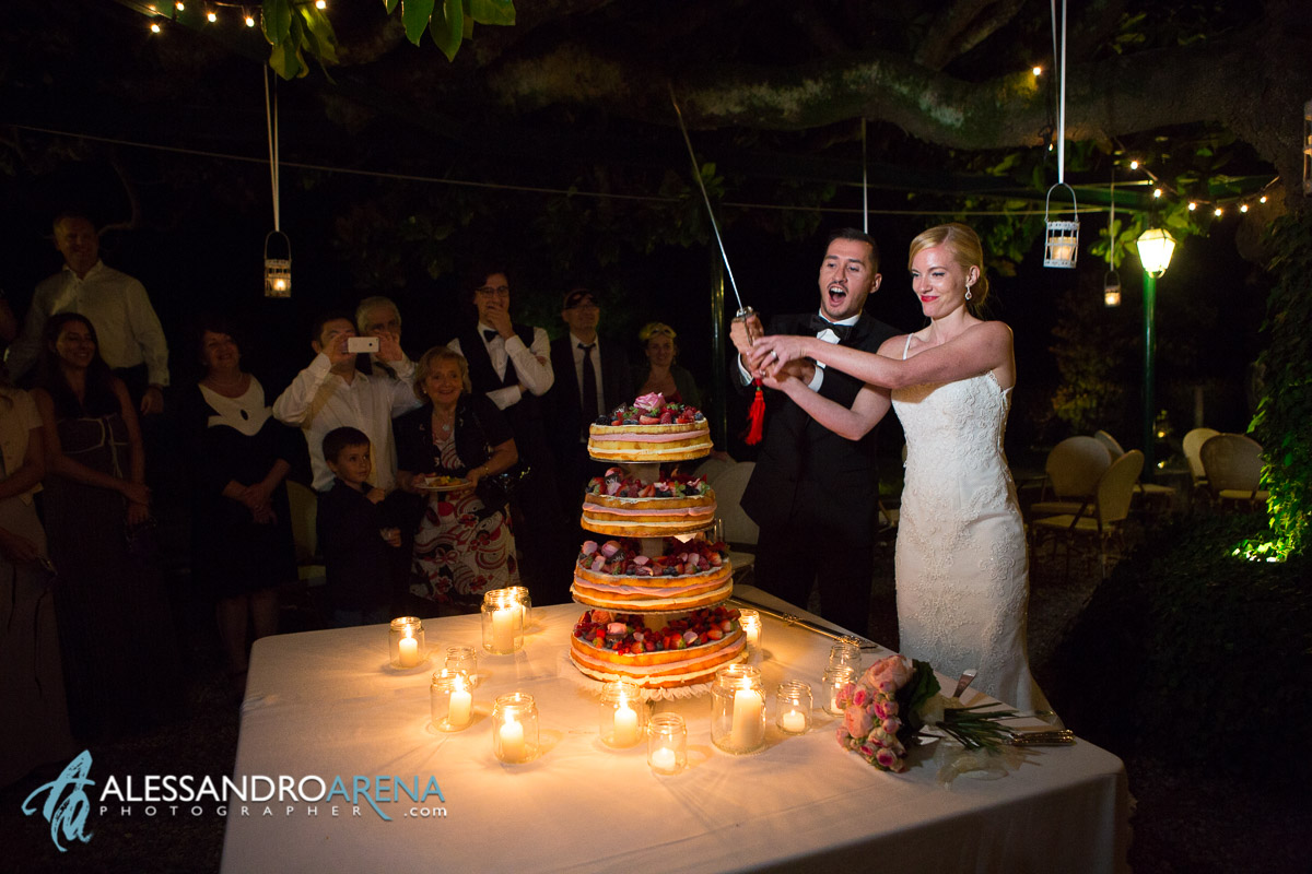 The wedding Cake - Nacked Cake - Villa Bossi - wedding location Varese, Italy