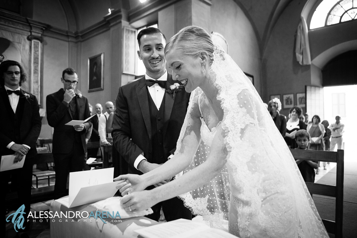 Smile - ceremony wedding in italy lombardy