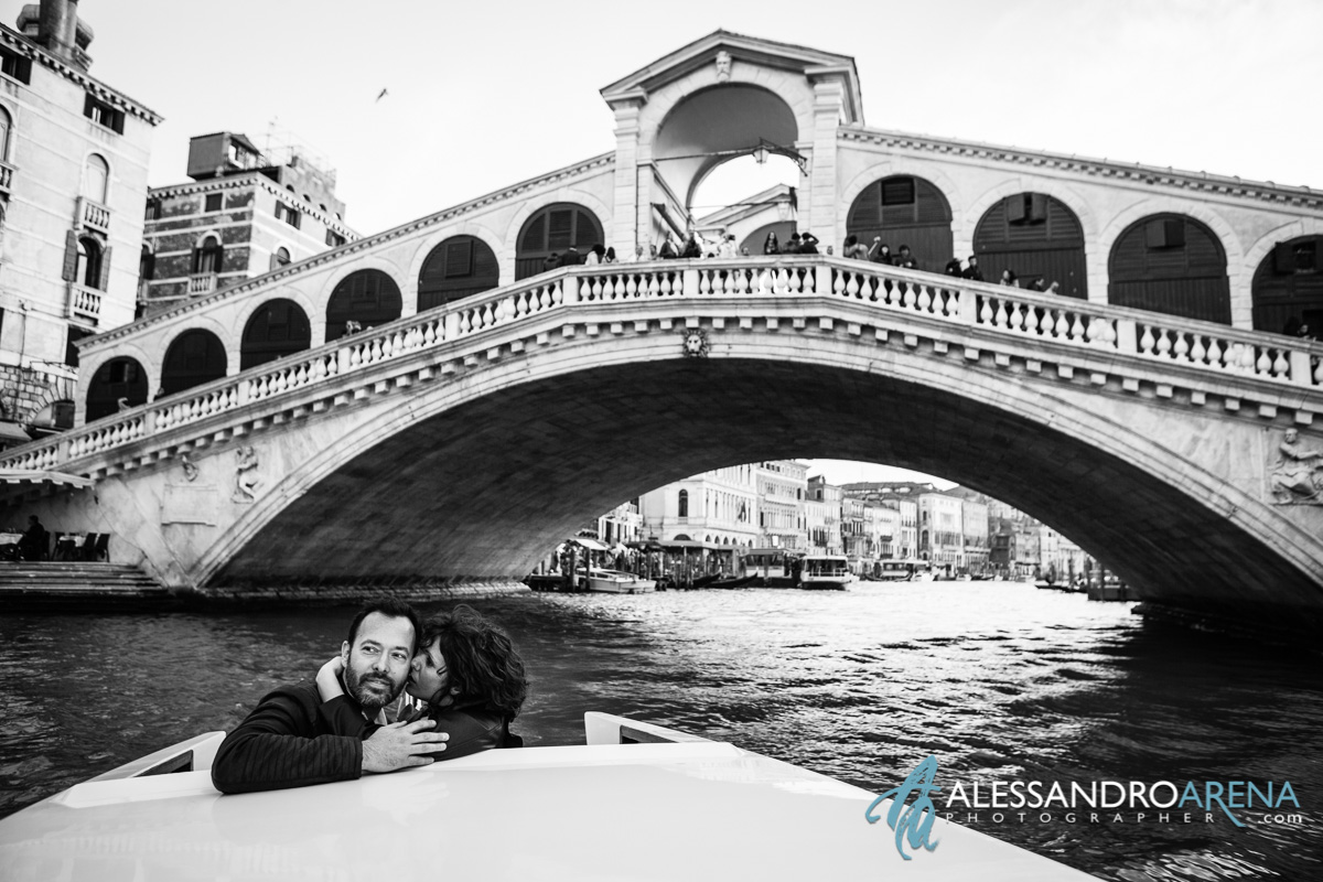 Venice wedding photographer - Rialto Bridge